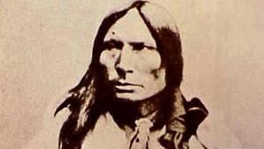 El asesinato a «bayonetazos» de Caballo Loco, el jefe indio que humilló al 7º de Caballería