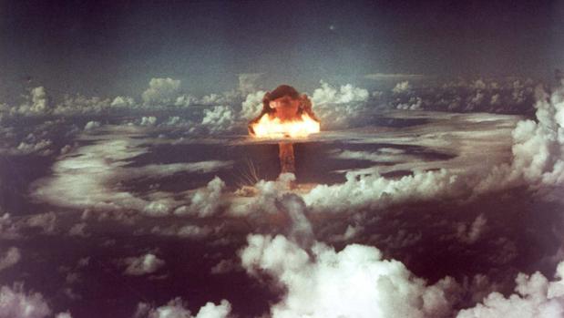 Fotografía realizada durante la explosión de la bomba atómica en la ciudad japonesa de Hirosima.