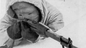 La «Muerte blanca», el francotirador desfigurado que aniquiló a 700 soldados soviéticos