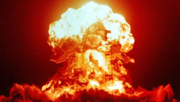 Prueba nuclear en el desierto de Nevada, en 1953.