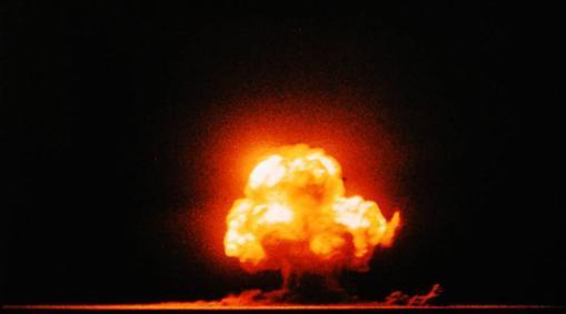 Una de las pocas fotografías en color de la explosión de Trinity