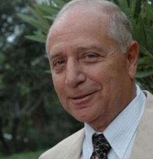 El autor hispanoamericano Pablo Victoria