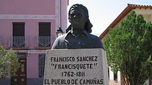 Busto de «Francisquete» en Camuñas