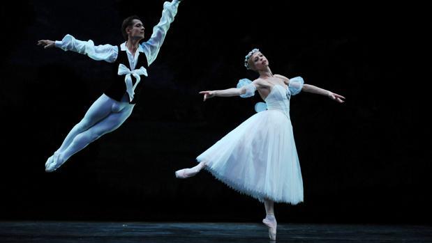 Ballets Russes interpretando la Sílfide