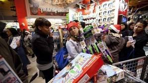 """Toys """"R"""" Us elimina los juguetes de armas de sus tiendas en Francia"""
