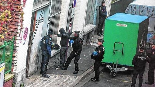 Redada en Saint-Denis