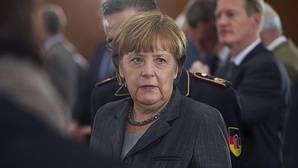 Merkel planta cara al sector disidente de la CDU