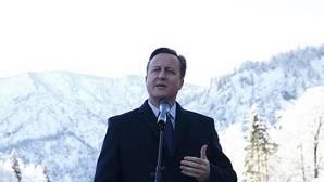 Cameron pide restringir las prestaciones sociales a trabajadores extranjeros