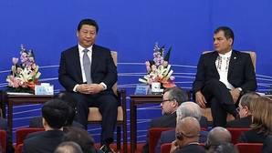 China pisa fuerte en Ecuador, pero con claroscuros