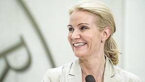 La exprimera ministra danesa Helle Thorning-Schmidt dirigirá desde abril «Save The Children»
