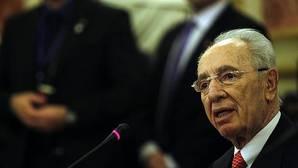 El expresidente israelí Simon Peres, intervenido de urgencia de corazón