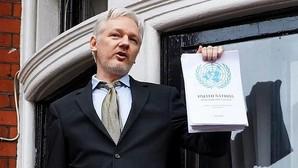 Assange: votar a Clinton es hacerlo en favor de la «guerra»