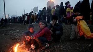 Bruselas estudia el caso de Grecia para ayudarle frente al drama humanitario de los refugiados