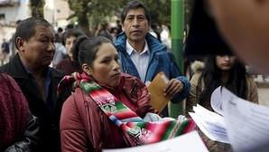 Humala recuerda a las víctimas del terrorismo en la apertura de los colegios electorales en Perú