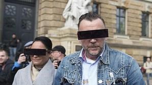 El líder de Pegida se burla de su juicio