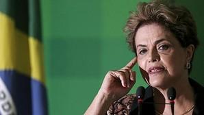 Dos ministros de Rousseff renuncian y dejan su gabinete con nueve interinos