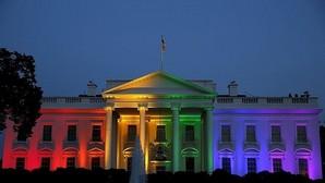 La Casa Blanca iluminada con los colores del arcoíris el día que se aprobó el matrimonio homosexual en EE.UU