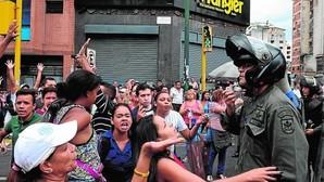 Disturbios y saqueos en el centro de Caracas por falta de comida