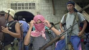 Los islamistas filipinos de Abu Sayyaf anuncian la ejecución de uno de los rehenes en su poder