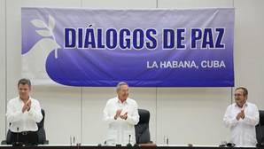 El gobierno colombiano y las FARC firman el histórico acuerdo para la paz