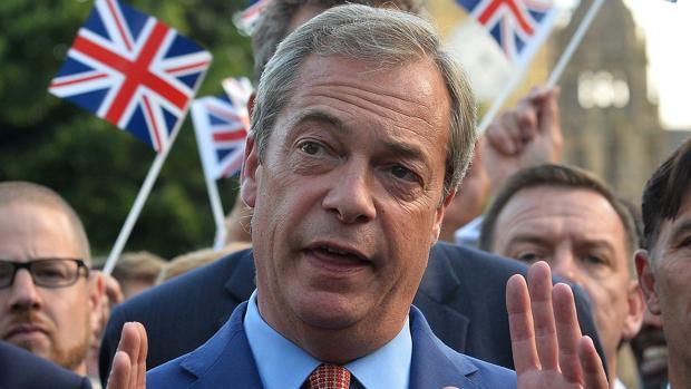 El líder del UKIP, Nigel Farage, tras conocer el resultado del referendum de Reino Unido