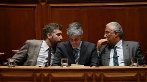 El Gobierno socialista portugués rechaza el referéndum para salir de Europa propuesto por sus socios radicales