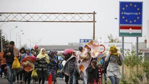Hungría expulsa a 600 refugiados en el primer día en vigor de la polémica ley de inmigración
