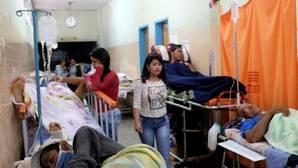 Hospitales venezolanos se colapsan por falta de equipos médicos y comida