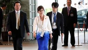 El reajuste del gobierno japonés hace ministra de Defensa a la «ultraconservadora» Tomomi Inada