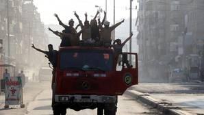 Los rebeldes cercan los barrios de Alepo controlados por Al Assad