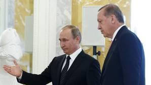Erdogan, en su visita a Rusia: «La llamada de Putin significó mucho para mí psicológicamente»