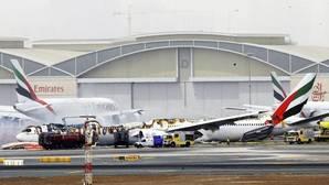 Un pasajero del avión que sufrió un accidente en Dubái gana un millón de dólares una semana más tarde