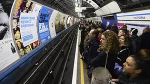 El metro de Londres inaugura hoy su servicio nocturno