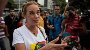 Lilian Tintori denuncia amenazas de muerte a Leopoldo López de uno de sus carceleros