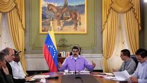 Venezuela da dos días para degradar y recolocar a los funcionarios a favor del revocatorio