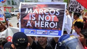 El Supremo filipino frena el traslado del exdictador Marcos al cementerio de los héroes