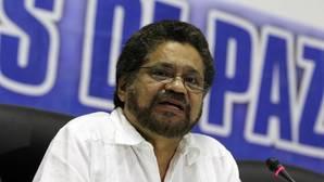 Las FARC: «Termina la guerra con las armas y comienza el debate de las ideas»