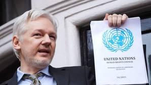 Assange promete nuevas filtraciones de Hillary Clinton antes de las elecciones