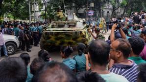 Bangladesh anuncia la muerte del «cerebro» de la masacre del café Holey Artisan Bakery
