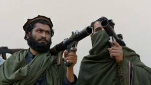 Mueren 120 talibanes en dos bombardeos con «drones» en Afganistán