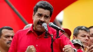 Maduro retrasa el revocatorio y dispara la tensión un día antes del 1-S