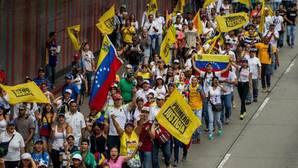 Henrique Capriles denuncia controles que impiden la llegada de manifestantes a la «Toma de Caracas»