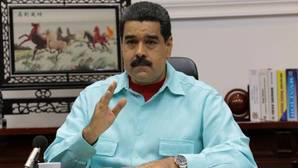 Maduro amenaza con retirar la inmunidad parlamentaria antes de la marcha opositora