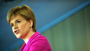Sturgeon insta a Escocia a independizarse y «controlar su destino»