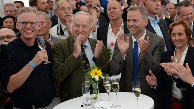 La derecha populista sobrepasa a Merkel en su feudo