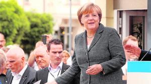 Merkel: «Hay que tomar decisiones sin pensar en las encuestas»