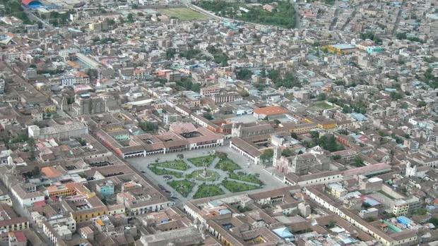 Vista aérea del centro de Ayacucho (Perú)