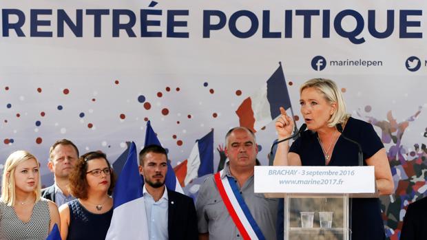 Marine Le Pen, en un acto de su partido este fin de semana en Brachay