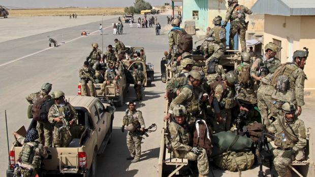 Fuerzas especiales afganas movilizándose hacia las nuevas zonas bajo control gubernamental