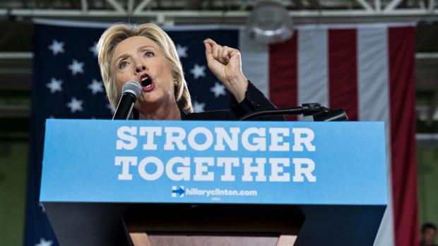 Hillary Clinton, durante un acto político en la Universidad del Sur de Florida, este martes en Tampa